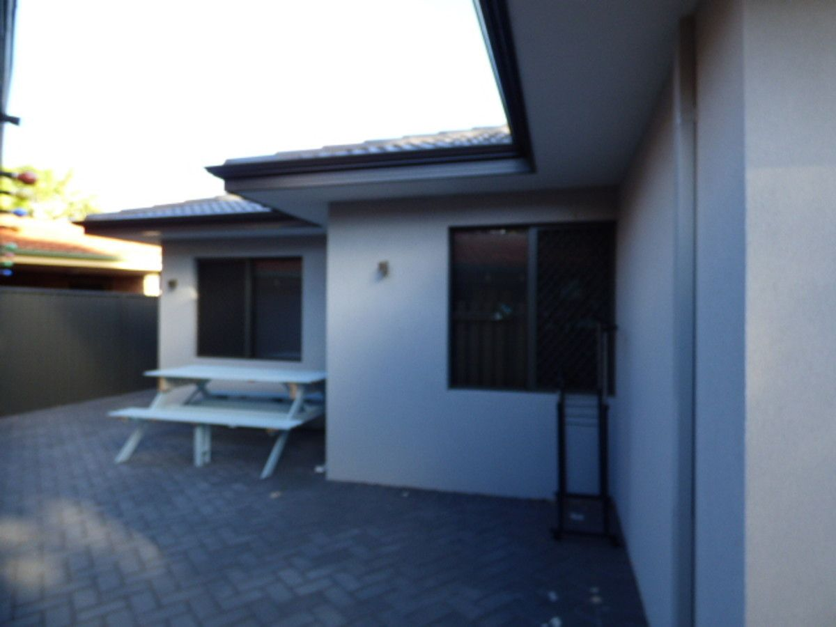 1 Manners Place, Bull Creek WA 6149, Image 2