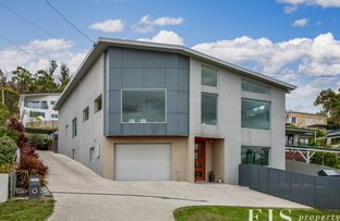 Picture of 10 Moirunna Rd, Lindisfarne TAS 7015