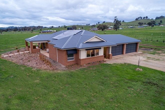 Picture of 7 Gardenia  Place, JINDERA NSW 2642
