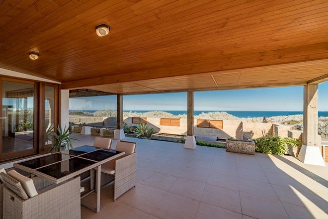 Picture of 299 Willcock Drive, TARCOOLA BEACH WA 6530