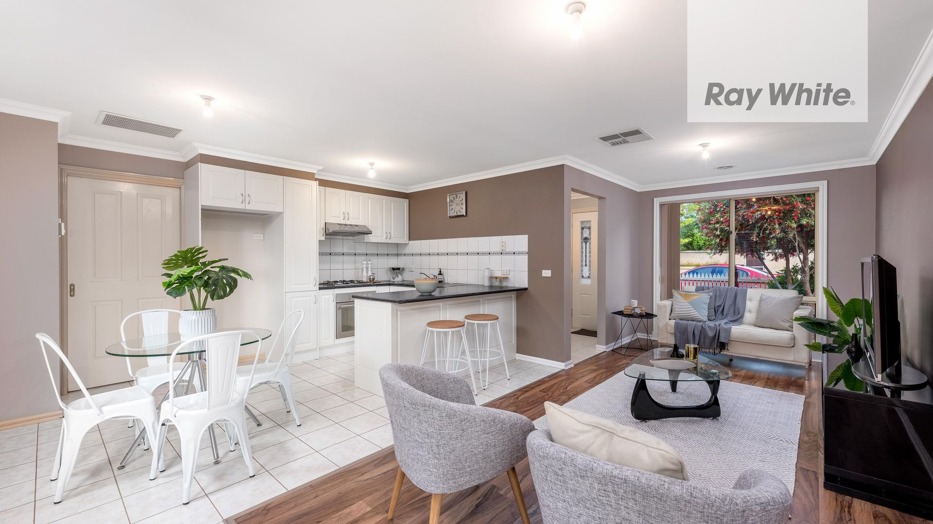 9 Conifer Close, Mill Park VIC 3082, Image 1