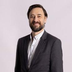 Max Manning, Sales representative