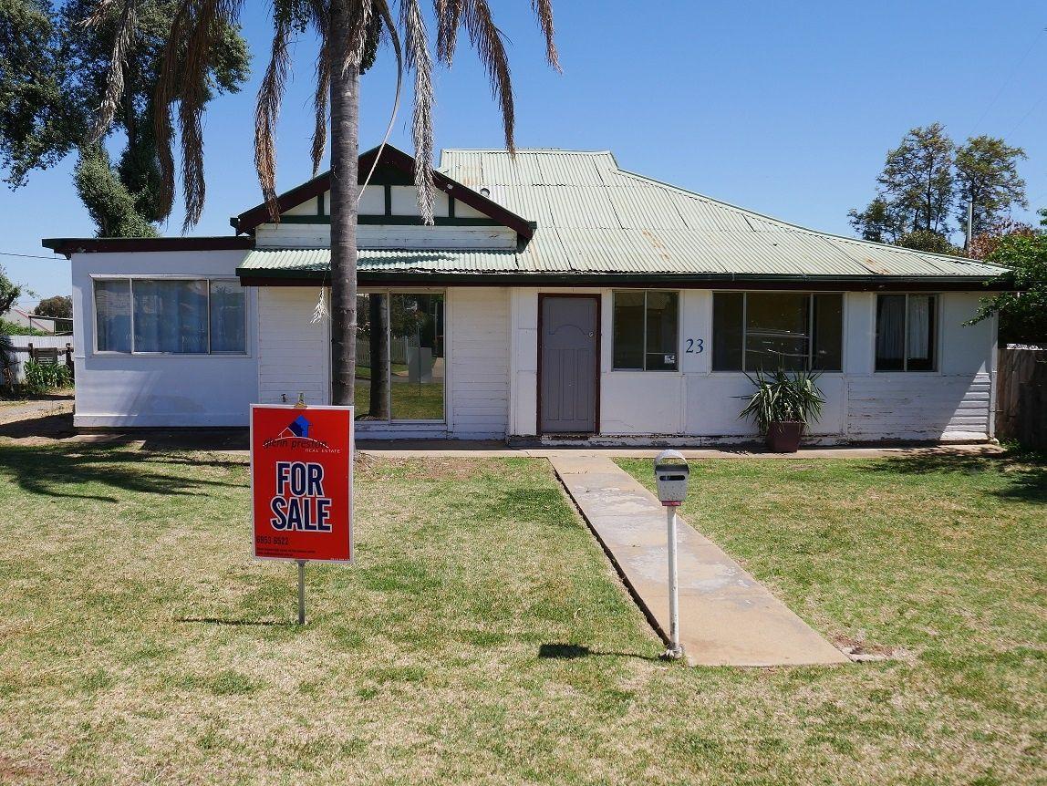 23 Cedar St, Leeton NSW 2705, Image 0