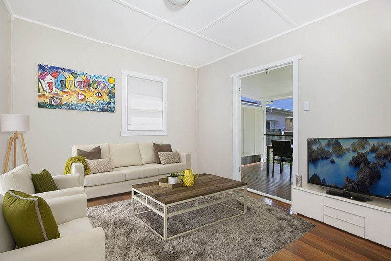 32 Stewart Parade, Manly QLD 4179, Image 1