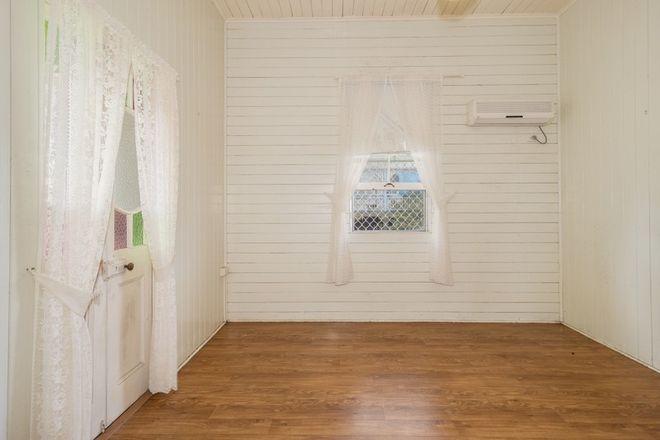 Picture of 32 Robertson Street, TORBANLEA QLD 4662