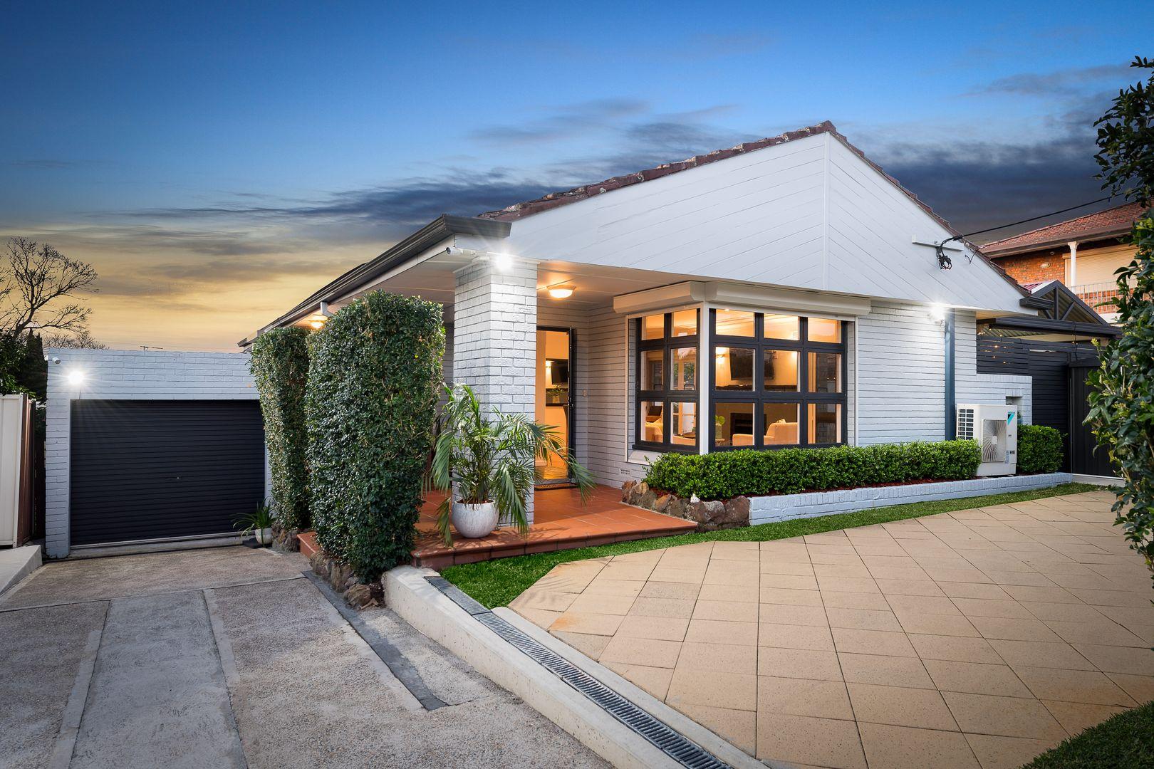 27 MacDonald Crescent, Bexley North NSW 2207, Image 1
