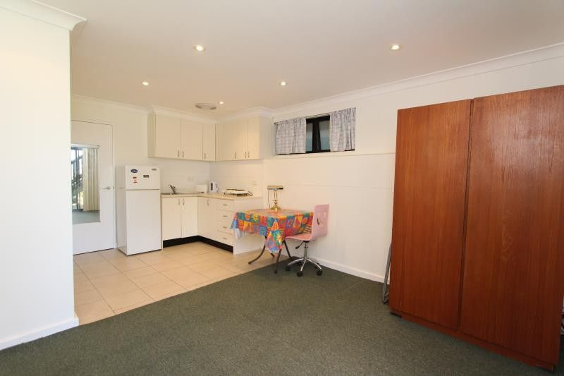 19 Lancaster Road, Dover Heights NSW 2030, Image 2