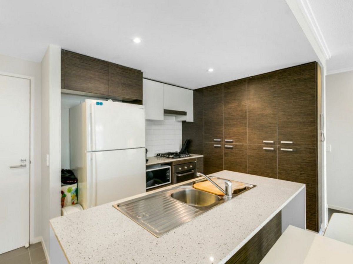 16/154 Musgrave Avenue, Southport QLD 4215, Image 1