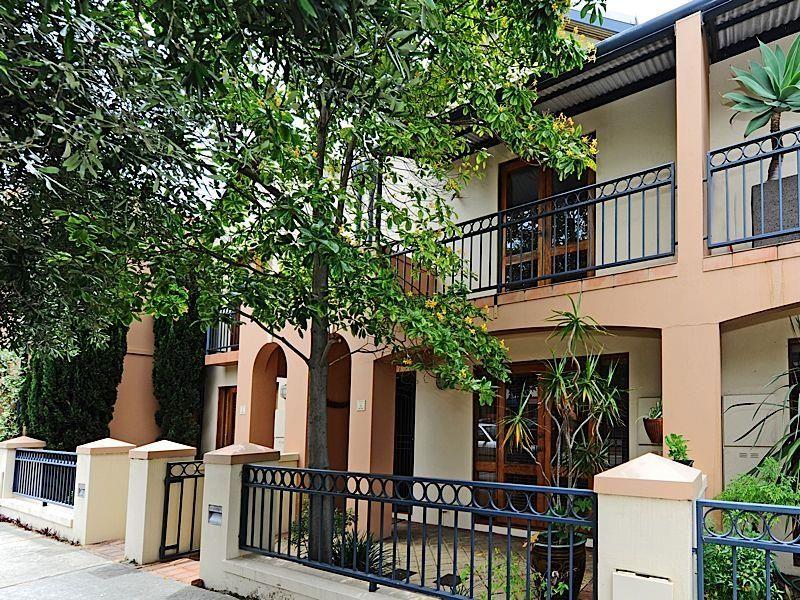 3/9 Swan Street, North Fremantle WA 6159, Image 0