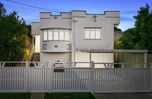 Picture of 94 Cedar Street, Greenslopes QLD 4120