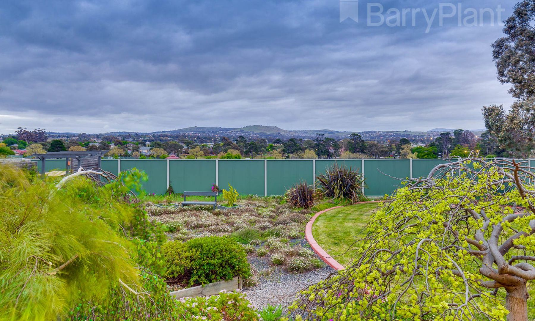 4 Gurners Lane, Sunbury VIC 3429, Image 2
