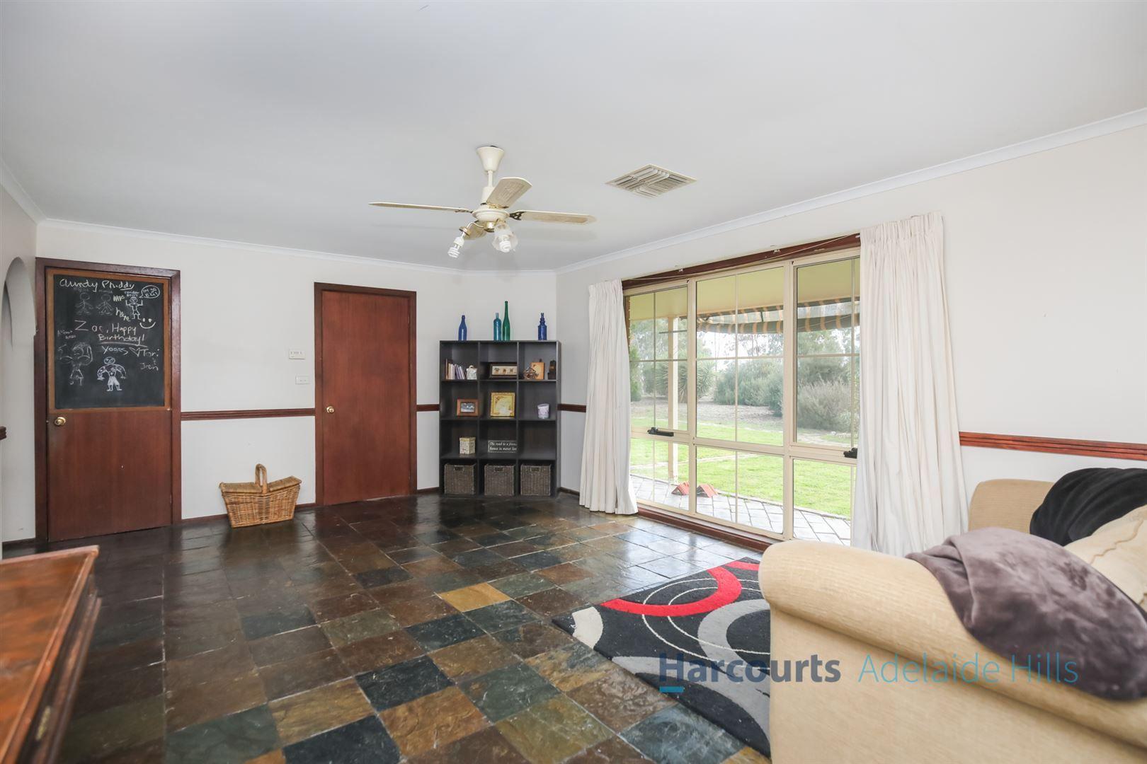 106 Angas Plains Road, Belvidere SA 5255, Image 2
