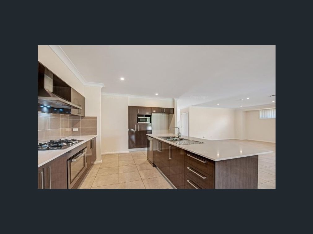 12 Lillypilly , Colebee NSW 2761, Image 2
