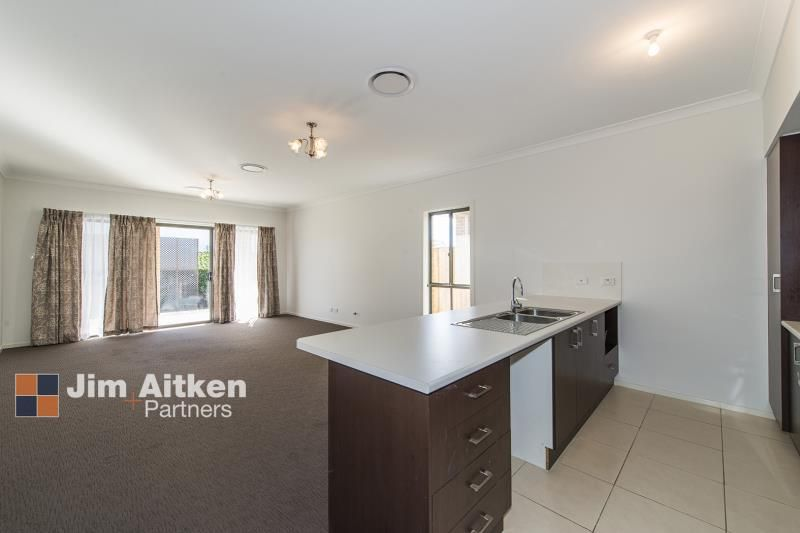 22 Empire Circuit, Penrith NSW 2750, Image 1