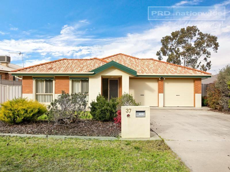 37 Horsley Street, Kooringal NSW 2650, Image 0