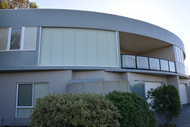 Picture of 1/20 Reid Street, TOMAKIN NSW 2537