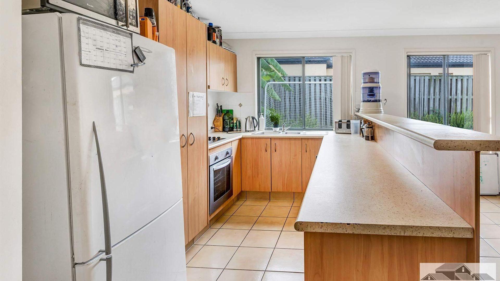 27 Kumnick Street, Upper Coomera QLD 4209, Image 2