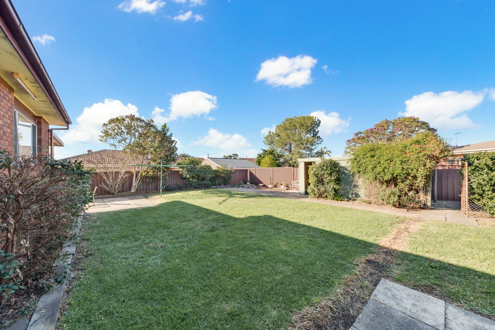 10 Edgar Street, Macquarie Fields NSW 2564, Image 1