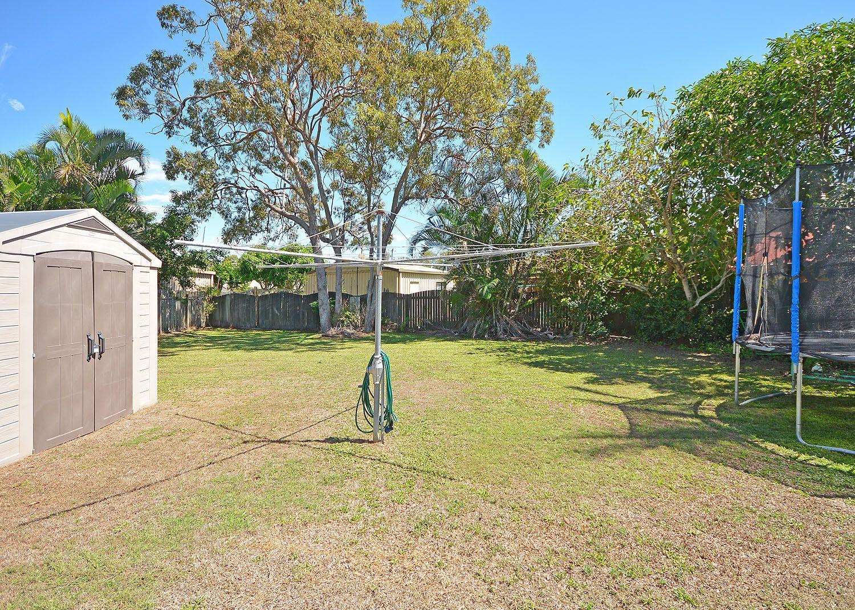 5 Howlett Street, Urangan QLD 4655, Image 2