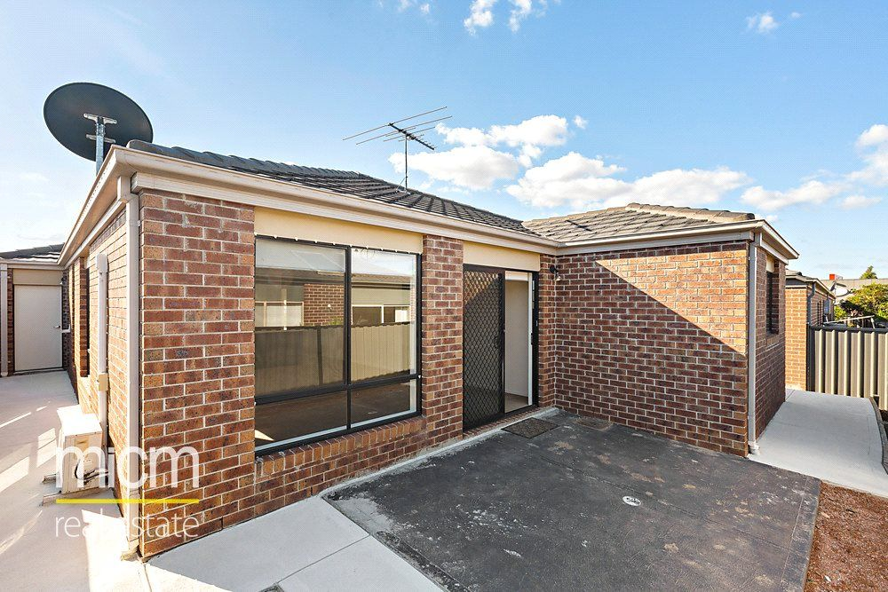 7 Sandra Court, Point Cook VIC 3030, Image 1