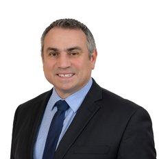 Frank Como, Licensed Real Estate Agent