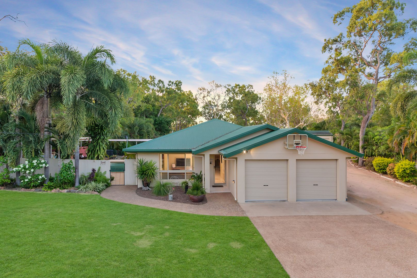 60 Blue Mountain Drive, Bluewater Park QLD 4818, Image 1