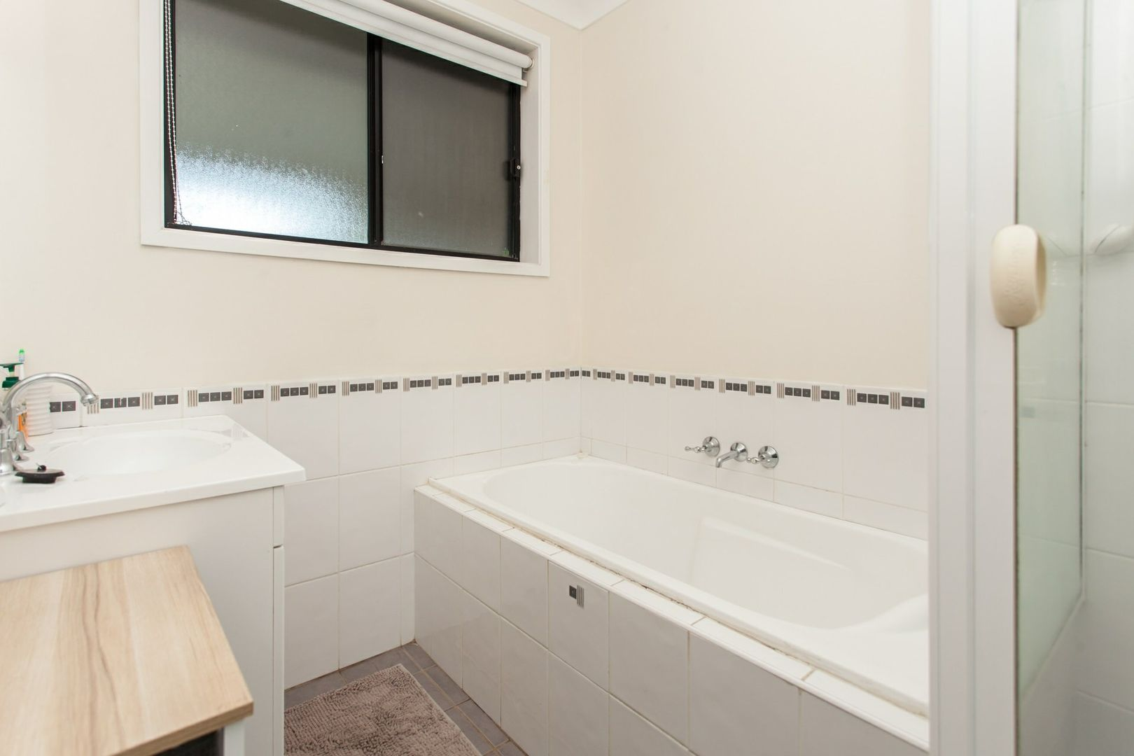 121 Alkira Ave, Cessnock NSW 2325, Image 2
