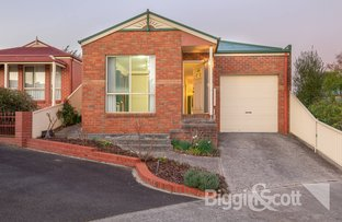 Picture of 2/2 Finley Court, Mount Clear VIC 3350