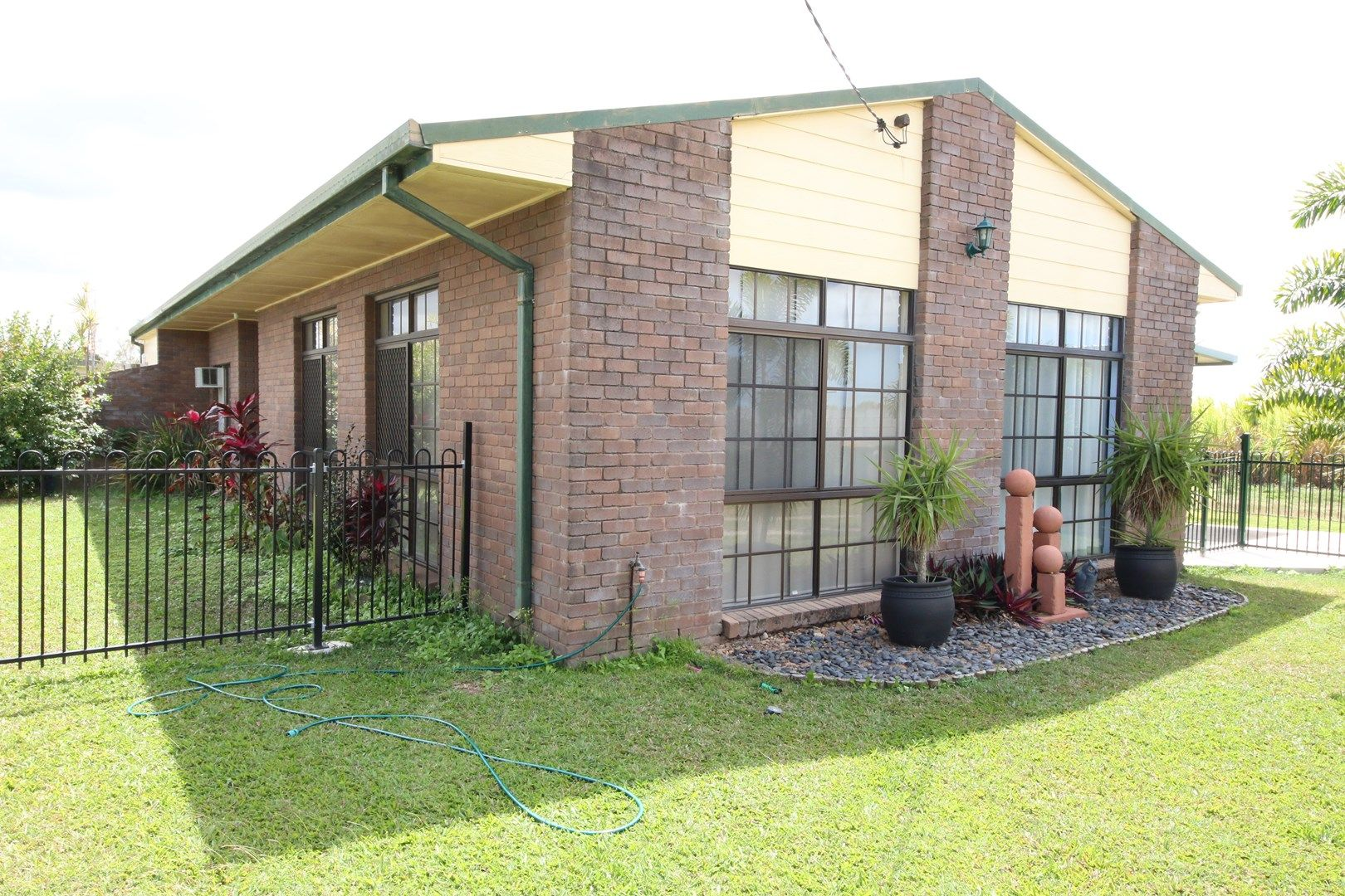 10 PACIFIC Court, Brandon QLD 4808, Image 0
