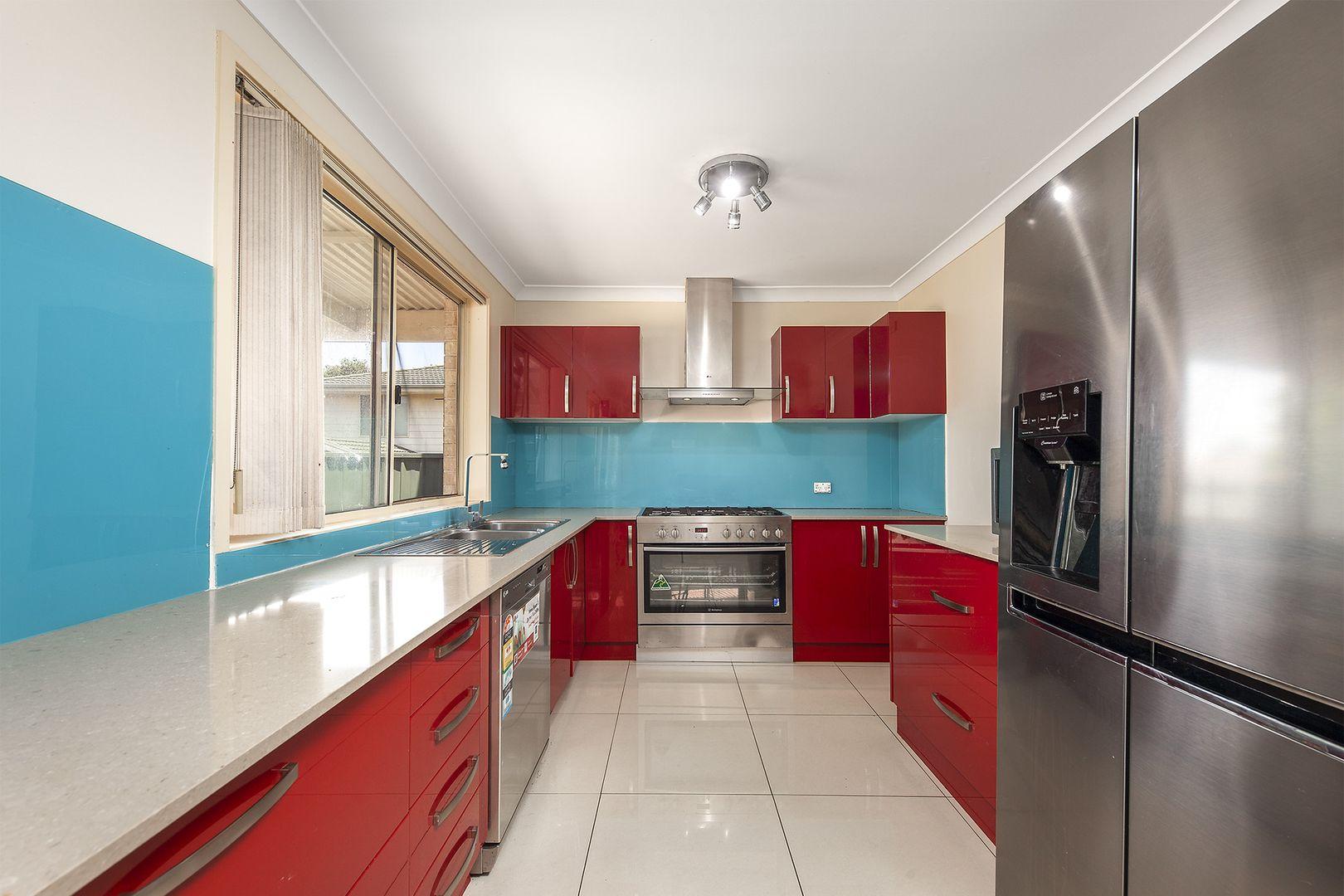 4 Sharrock Avenue, Glenwood NSW 2768, Image 2
