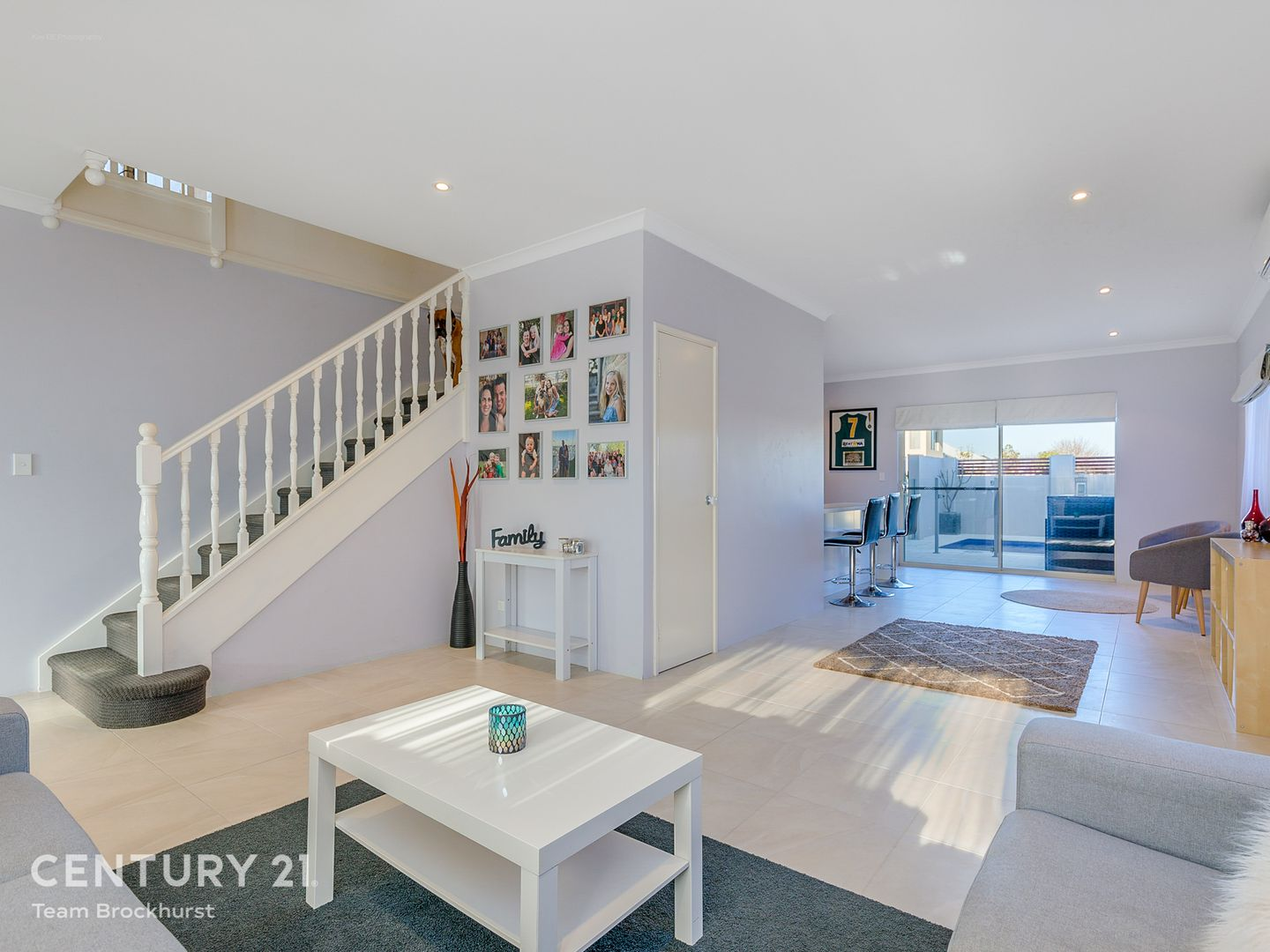 18 Trinity Close, Canning Vale WA 6155, Image 2