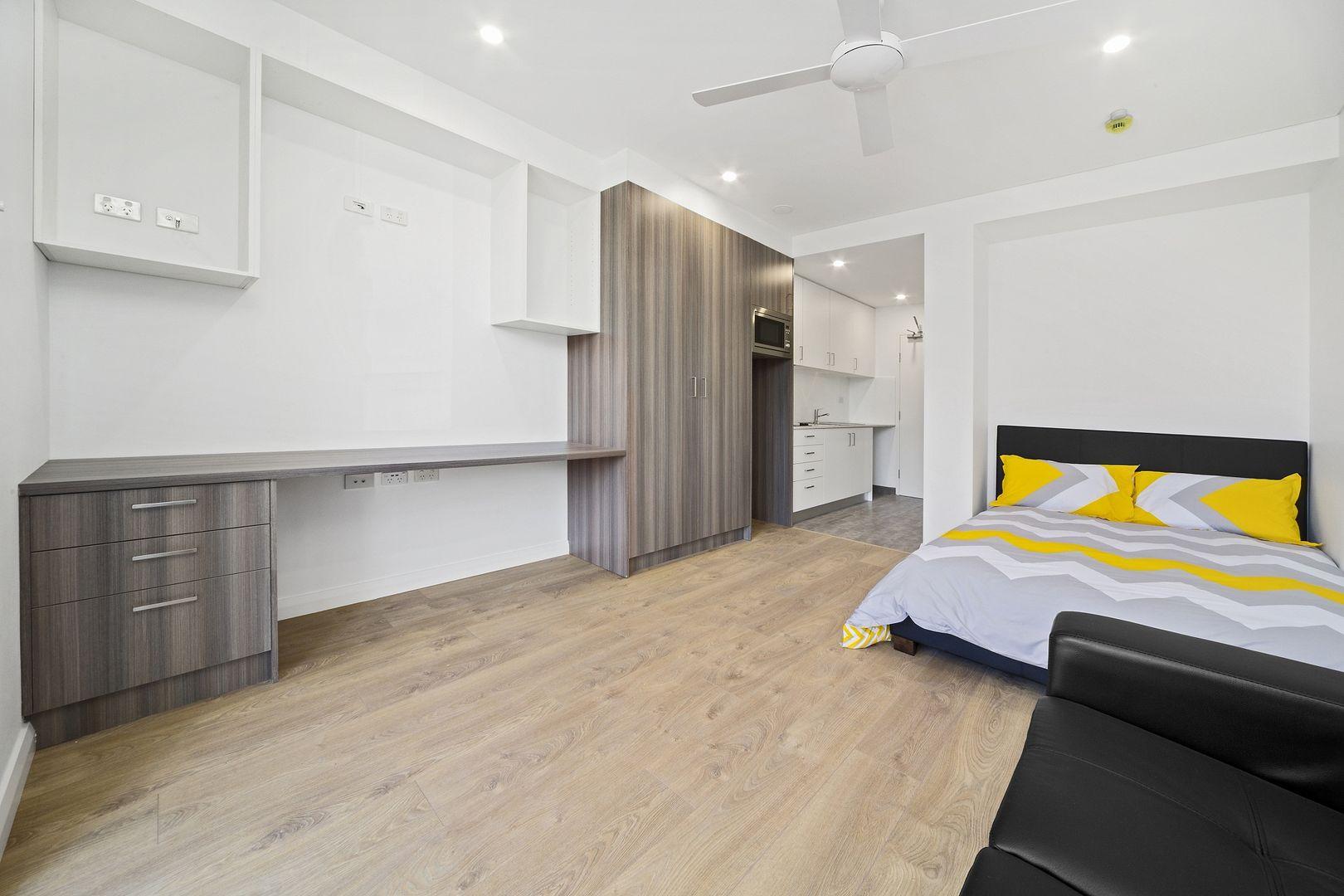 11 Houston Road, Kensington NSW 2033, Image 2