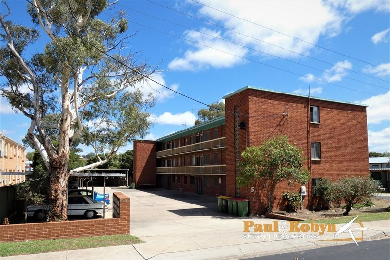 Unit 11/5 Charles Street, Queanbeyan NSW 2620, Image 1