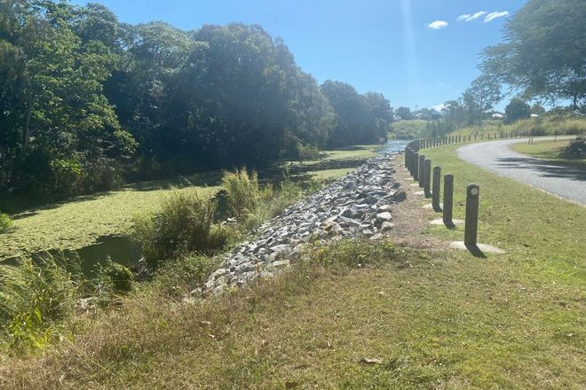 Picture of 1 Maudsley Road, SARINA QLD 4737