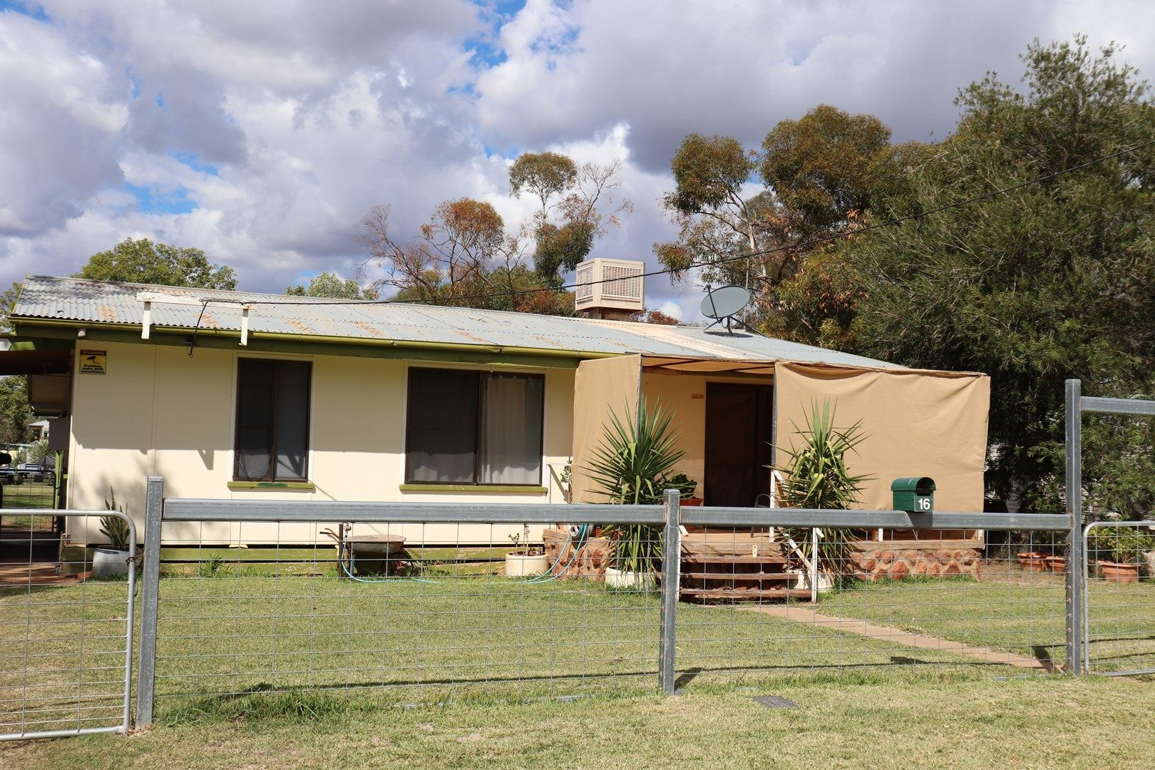 16 King Street, Charleville QLD 4470, Image 0