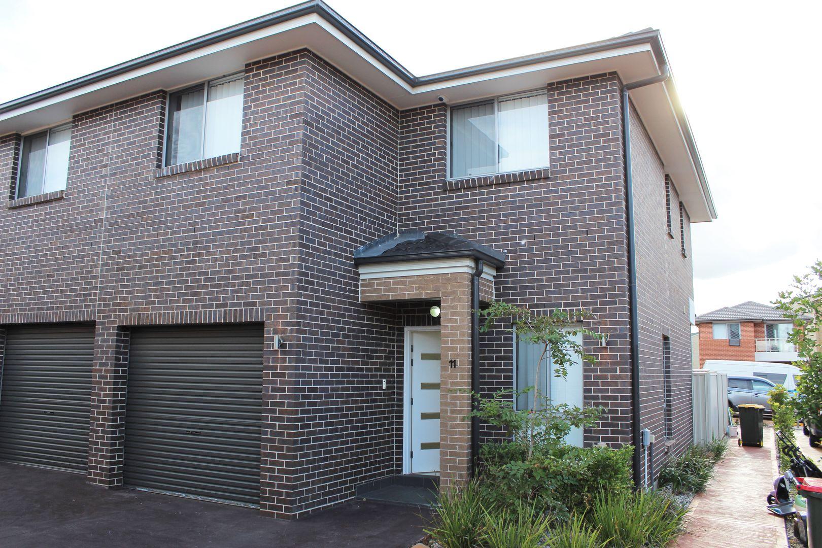 11 Varsha Glade, Woodcroft NSW 2767, Image 2