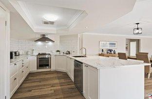 10 Lanyard Place, Redland Bay QLD 4165