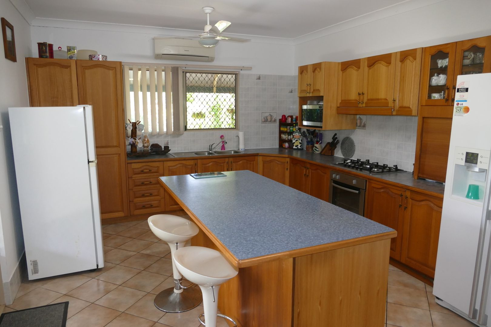 1 Curtis Road, Carruchan QLD 4816, Image 2