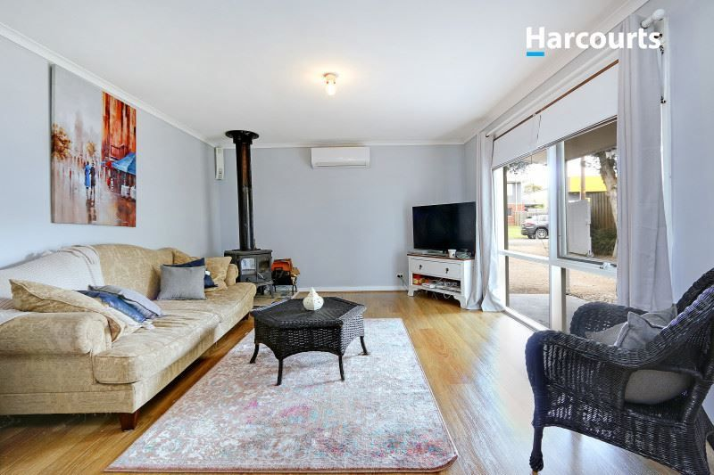 6 Autumn Court, Hastings VIC 3915, Image 2