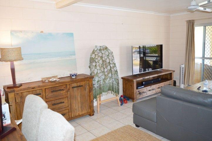 2/39 Reid Road, Wongaling Beach QLD 4852, Image 2