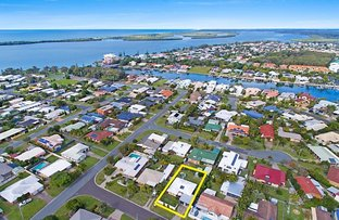 6 Slim Crescent, Golden Beach QLD 4551