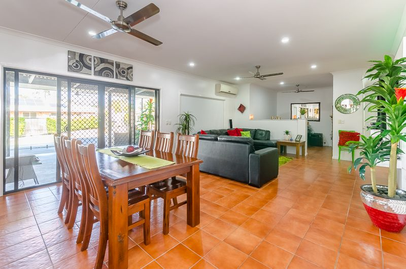 16 Carthurbie Court, New Auckland QLD 4680, Image 2