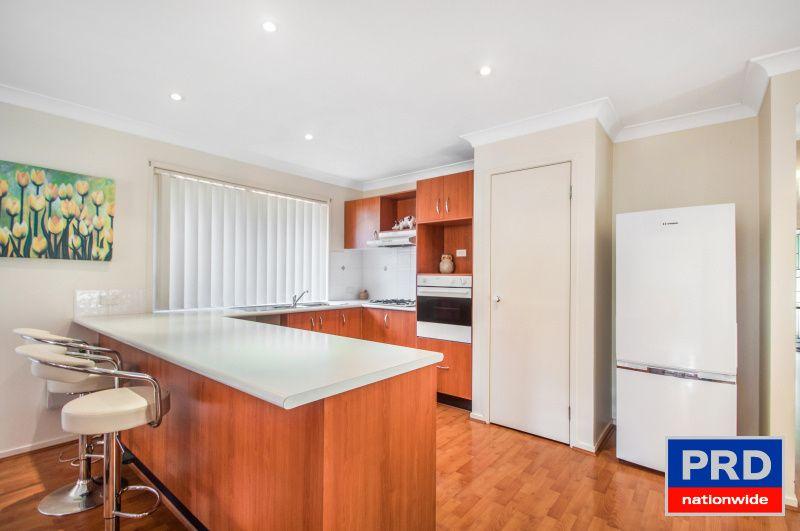 9 Oakwood Place, Horsley NSW 2530, Image 2