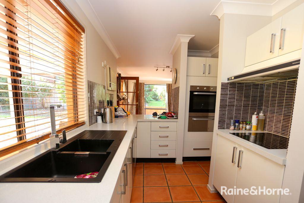 14 Tareena Avenue, Kelso NSW 2795, Image 2