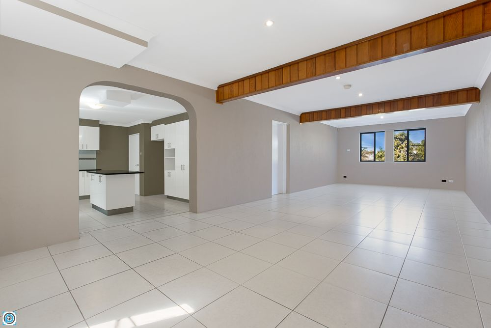 102 Derribong Drive, Cordeaux Heights NSW 2526, Image 1