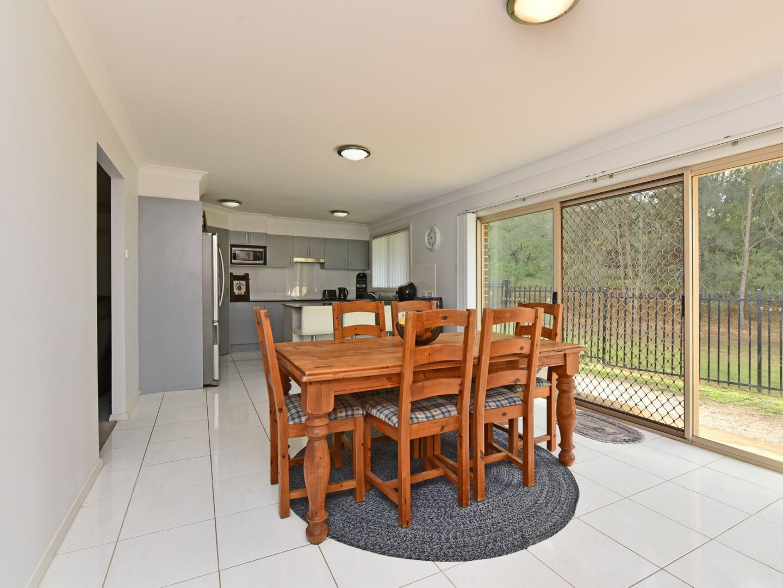 35 Deans Avenue, Singleton NSW 2330, Image 2