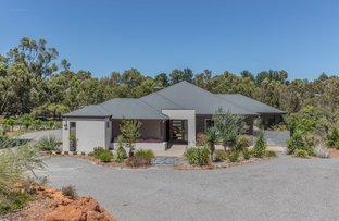 Picture of 6 Glencoe Place, Bedfordale WA 6112