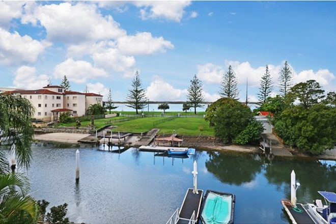 Picture of 13/9 Madang Crescent, RUNAWAY BAY QLD 4216