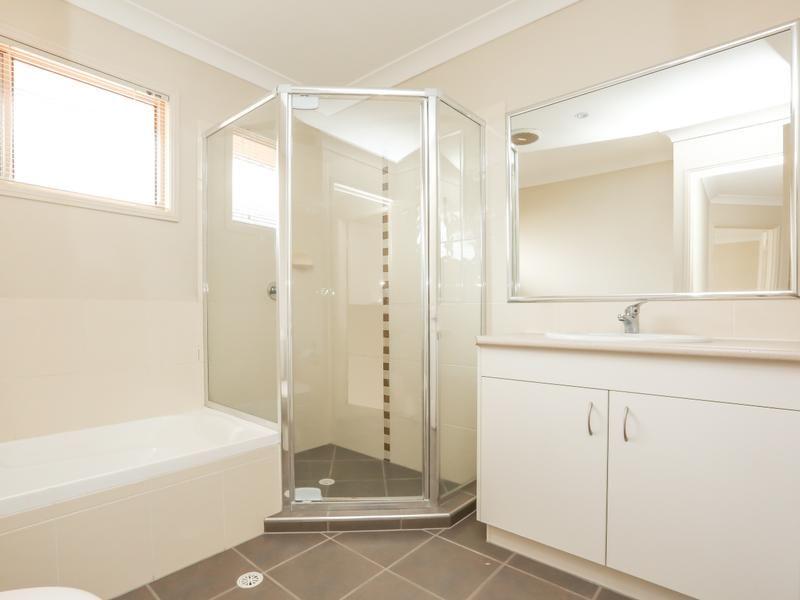 07 19  Kathleen Street, Richlands QLD 4077, Image 1