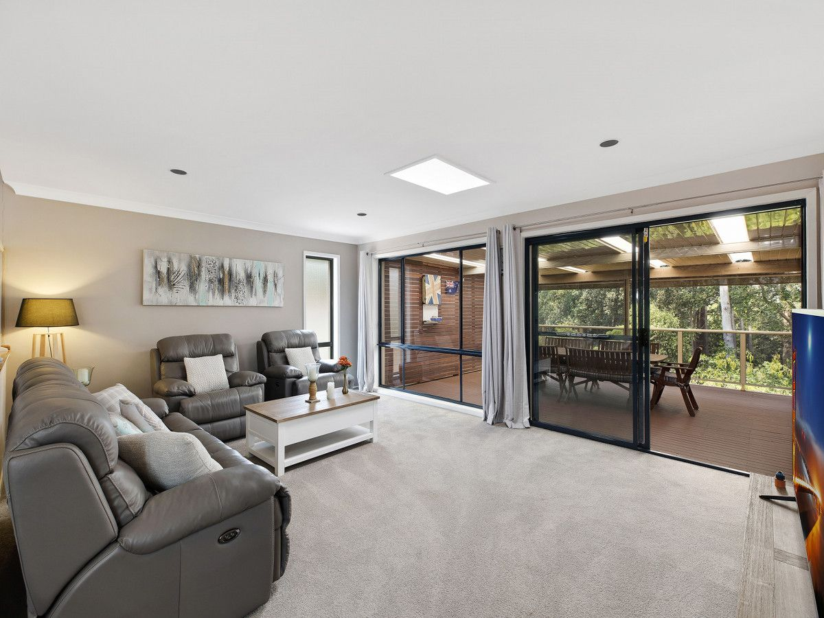 27 Plymouth Drive, Wamberal NSW 2260, Image 1